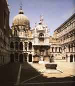 Палаццо Ducale - Внутренний двор