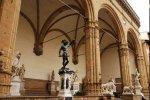 Флоренция ограничила количество посетителей в Лоджию Ланци